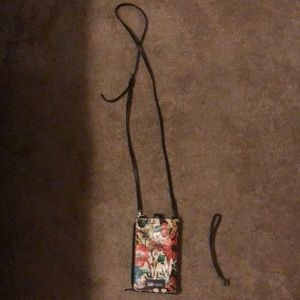 Butterfly and bees cell phone holder w/2 straps